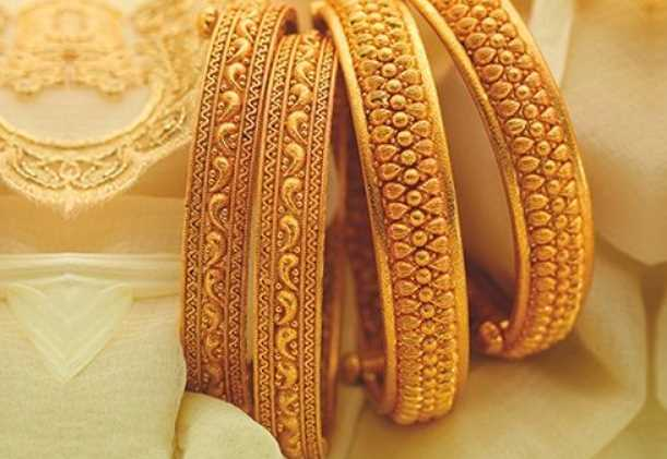 Different types of Gold Bangles You Should Have